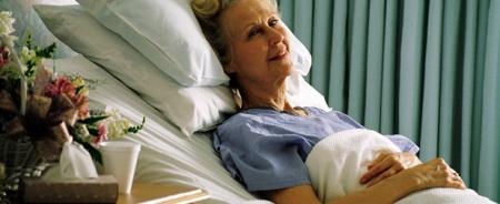 Можно ли вставать после перелома шейки бедра частный дом престарелых курск