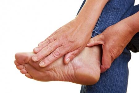 Боли в своде стопы - причины и лечение | Перечень возможных ...